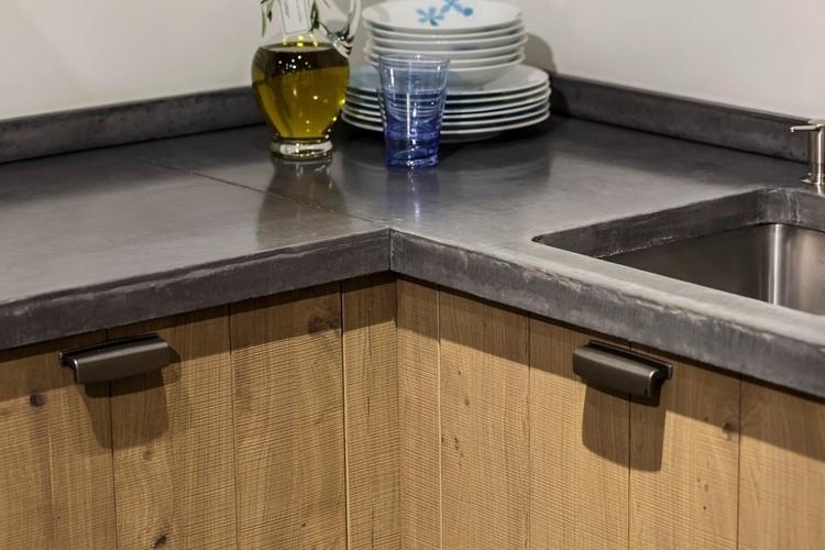Keuken Met Beton : Jp walker keuken greeploos eiken met beton product in beeld