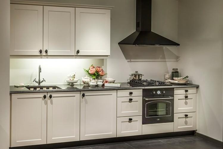 Keuken    Brugman Landelijke Keukens   Inspirerende foto u0026#39;s en idee u00ebn van het interieur en