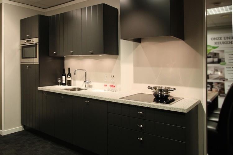 Marmer Zwart Keuken : Zwarte keukens qasa.nl
