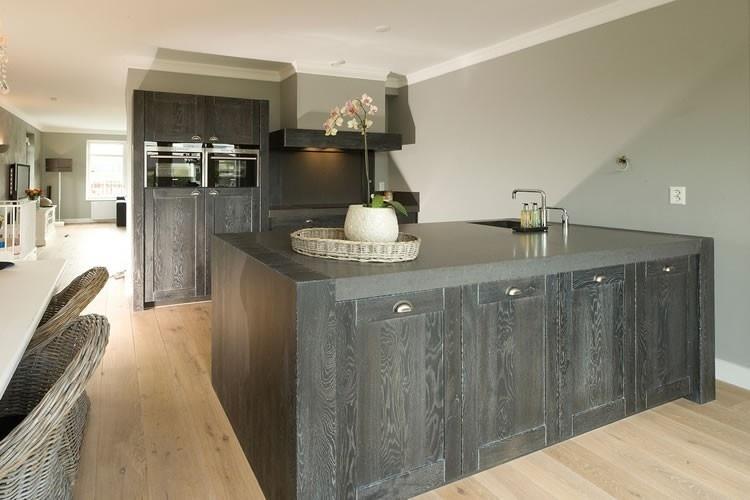 Strakke Zwarte Keuken : Zwarte keukens qasa.nl