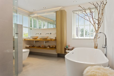 Vloertegels Woonkamer Eindhoven : St. pieter badkamers tegels 26 ervaringen reviews en