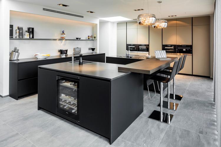 Keuken Design Emmeloord : Badkamer en keuken design weert keuken en badkamer design b dutch